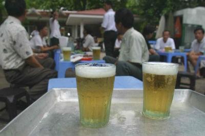 Việt Nam đứng trong top ten thế giới về tiêu thụ bia. Ảnh: MH