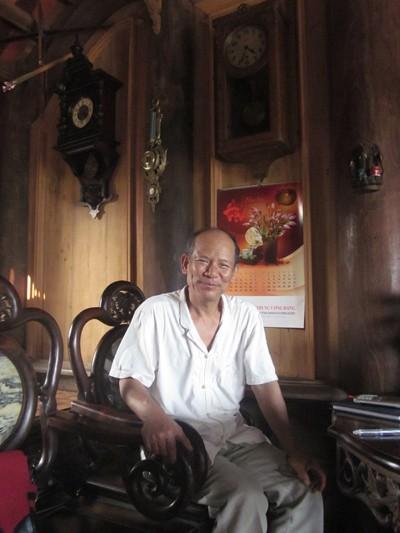 Ông Trịnh Thủy lưu giữ thời gian bằng bộ sưu tập đồng hồ cổ.
