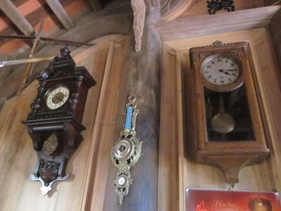 Những chiếc đồng hồ trong bộ sưu tập của ông.
