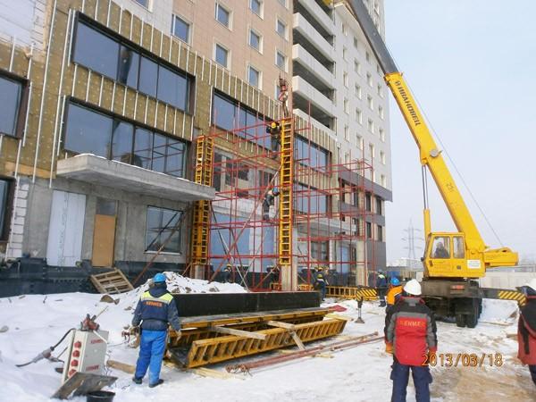 Hình ảnh thi công phần mặt tiền các tầng 1,2, 3, tòa nhà khu căn hộ-khách sạn