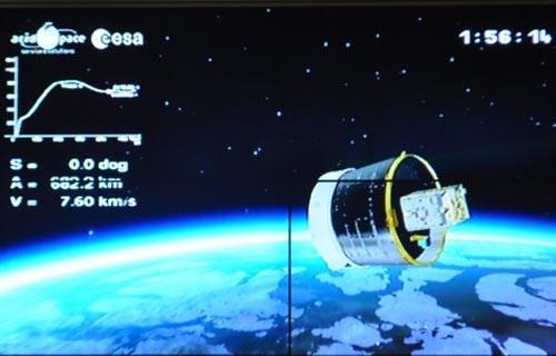 Chuẩn bị tách vệ tinh VNREDSsat-1 - Ảnh chụp qua màn hình