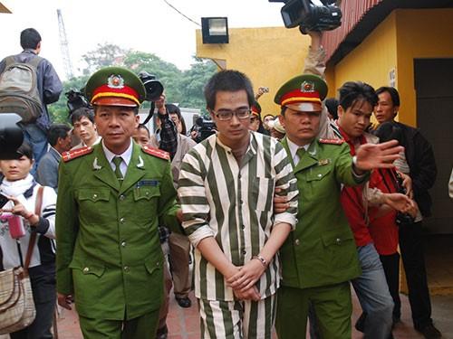 Từ tháng 1-2012, Chủ tịch nước đã bác đơn xin ân xá của tử tù Nguyễn Đức Nghĩa nhưng đến nay, trường hợp này vẫn chưa được thi hành án