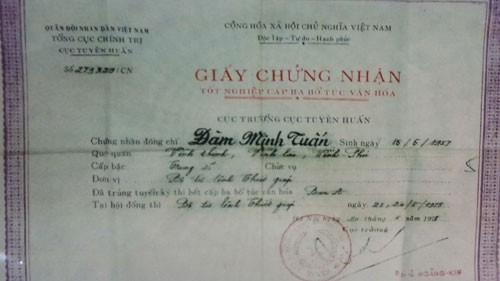 Chứng cứ đã rõ ràng nhưng tỉnh Vĩnh Phúc vẫn chần chừ chưa xử lý vụ bí thư xã Vĩnh Thịnh dùng bằng bất hợp pháp khiến dư luận bức xúc