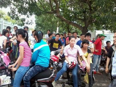 Công nhân Cty Hiệp Hòa Thuận ngừng việc ngày 30/5