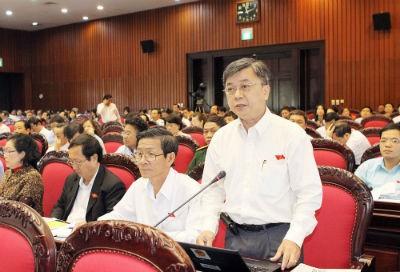 ĐBQH Trương Trọng Nghĩa (TP.HCM) phát biểu tại Hội trường