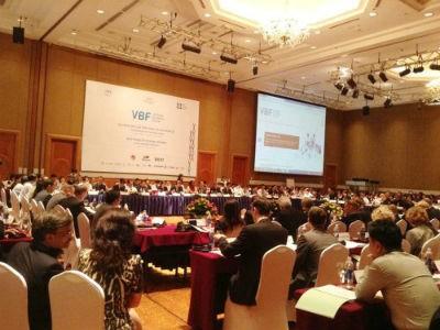 Diễn đàn Doanh nghiệp Việt Nam giữa kỳ 2013