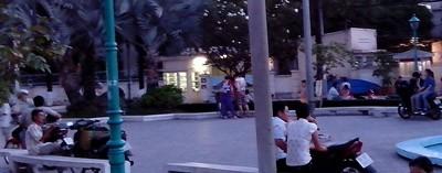 """""""Chợ tình"""" miền Tây giữa Sài Gòn vừa là nơi kết bạn, cũng chứa nhiều ẩn họa"""