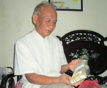 Lương y Phạm Mược với bài thuốc chữa đau dạ dày dạng bột