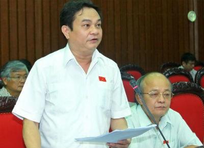ĐBQH tỉnh Hà Tĩnh Nguyễn Văn Sơn phát biểu ý kiến