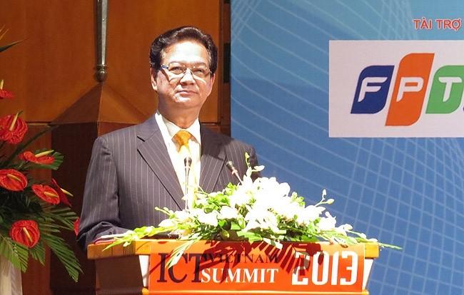 Thủ tướng Nguyễn Tấn Dũng phát biểu chỉ đạo tại diễn đàn.