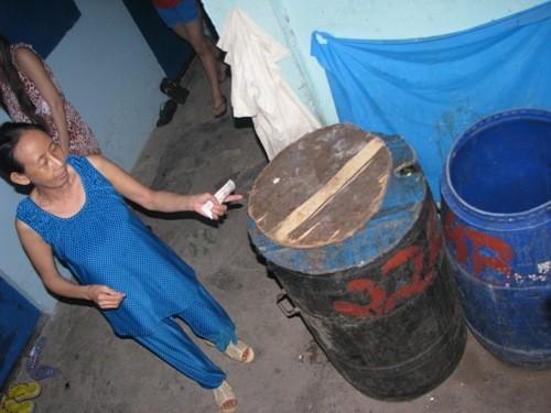 Thùng rác nơi phát hiện đứa bé vừa ra đời đã bị vứt bỏ ở phường Bình Hòa, thị xã Thuận An – Bình Dương năm trước